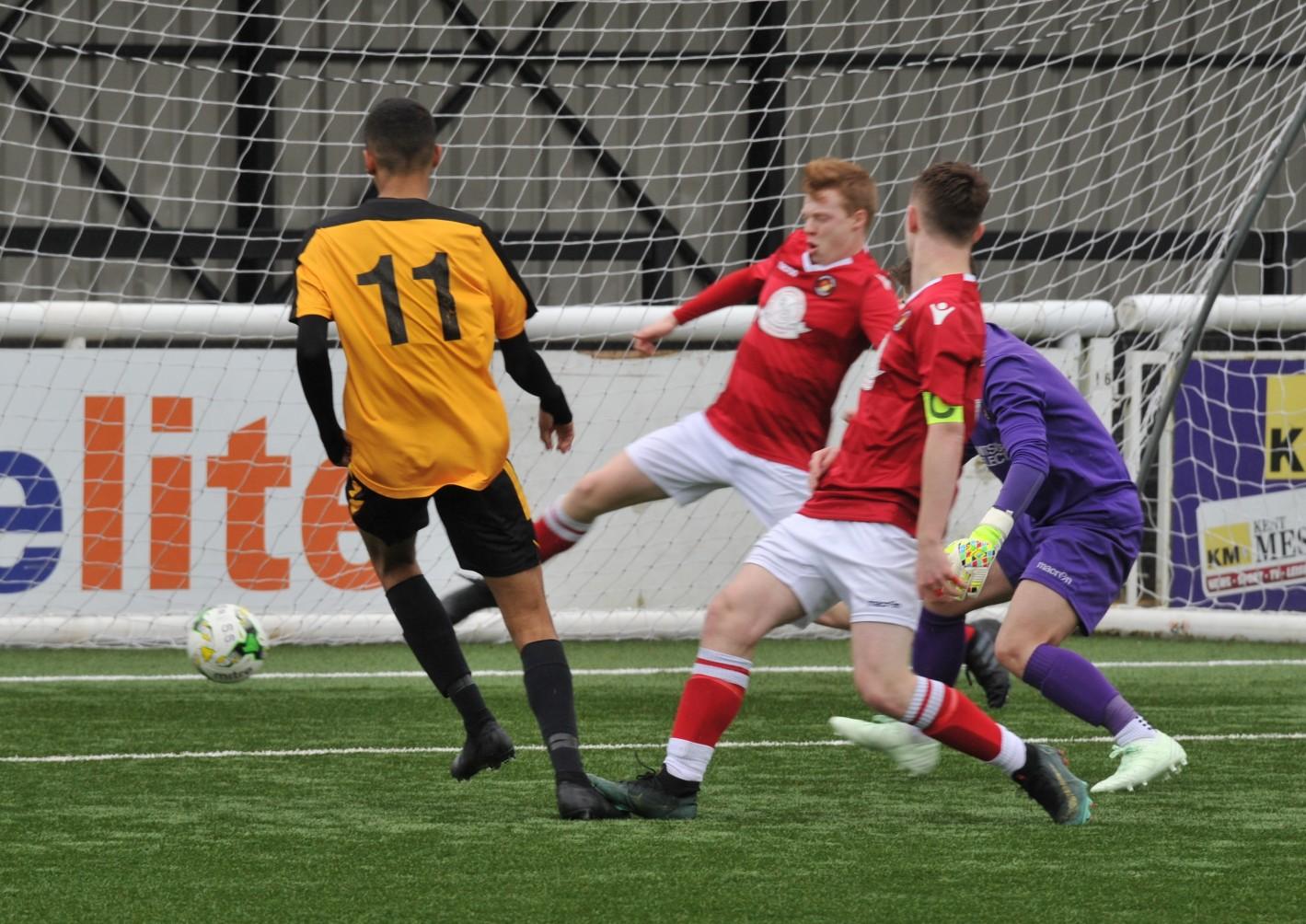 KYL u-15 Cup SF Maidstone United v Ebbsfleet United 188